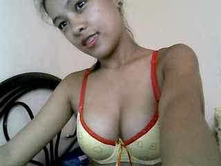 profile SexyyOnee is currently Live Free Chat