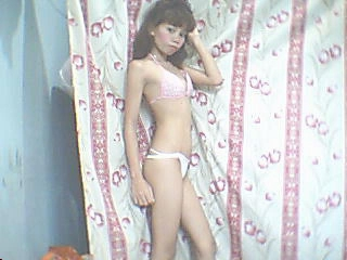 profile smallpinkpussyx is currently Live Free Chat