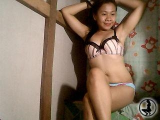 profile hotclit2eat4u is currently Live Free Chat
