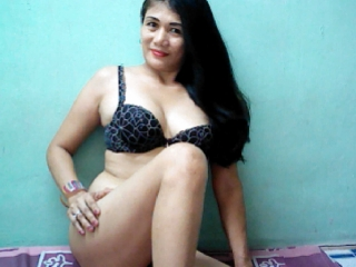 profile TouchMe69 is currently Live Free Chat