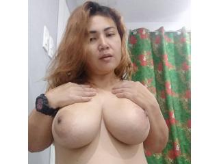 GiganticBOOBS19