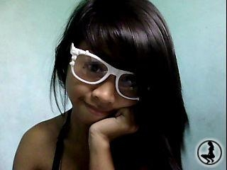 profile CutiePie06 is currently Live Free Chat