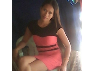 profile shyna6969 is currently Live Free Call