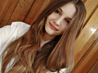 0Karmelina's Profile Photo